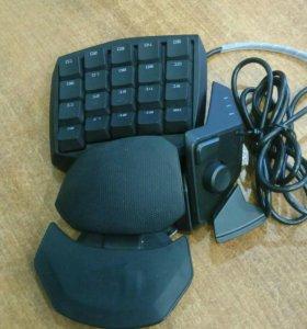 Игровая мини-клавиатура (кейпад) Razer Orbweaver R