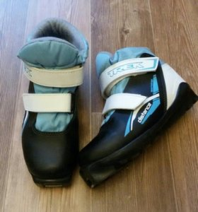 Лыжные ботинки, детские.