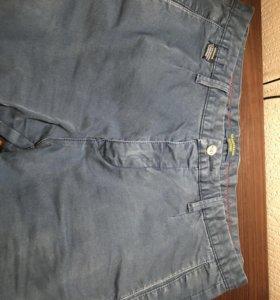 Джинсовые штаны.