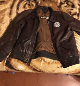 Куртка Tommy Hilfiger (L)