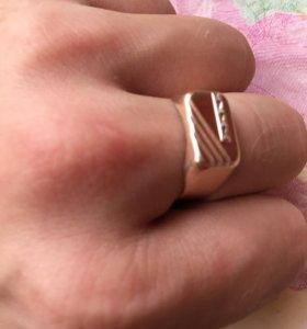 Печатка золотая 18,5 размер