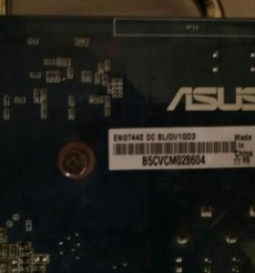 Видеокарта Asus GeForce GT440 1Gb