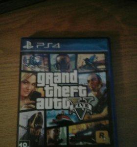 Диск GTA 5 на PS4