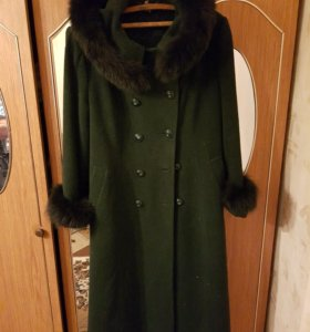 Зимнее пальто р.50.