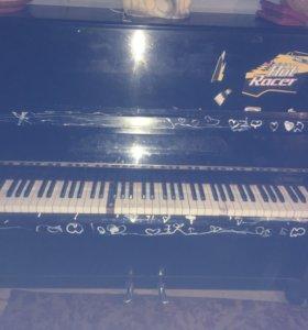 Отдам бесплатно фортепиано Элегия