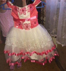 Праздничное платье б/у