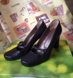Туфли женские 36 размер кожаные НОВЫЕ