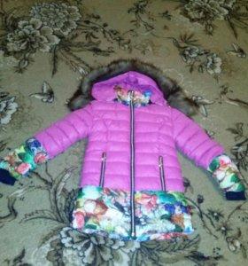 Куртка зимняя для девочки 4-5лет.