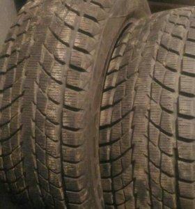 Зимняя резина 4шт R16 215 65