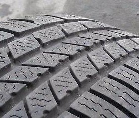R20 295 40 Continental Cross Contact Winter