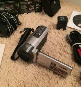 Видеокамера Sony HDR-130E