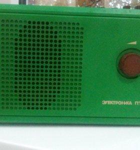 Советский радиоприемник Электроника пт-209