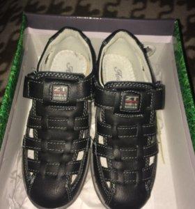 Ботинки -сандали