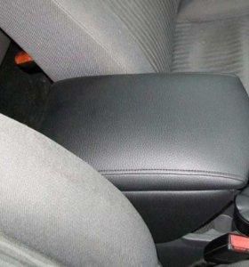 Подлокотники на разные авто