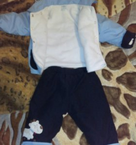 Костюм на мальчика,куртка и штаны утепленые.