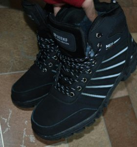 🐈 Зимние кроссовки, 43 размер *1