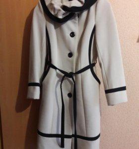 Пальто. 46 размер