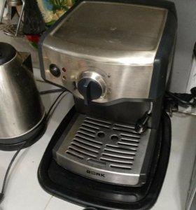Кофеварка рожковая Bork