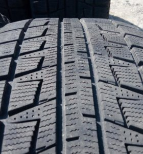 205/55R17 Bridgestone Blizzak revo 2