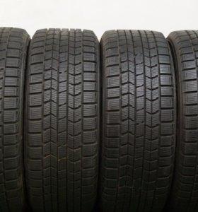 235 50 18 Dunlop зимние шины