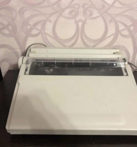 Электрическая печатная машинка brother