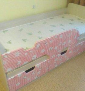 Детская кровать хеллоу Китти