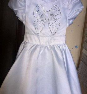 Красивое, нарядное платье на годик