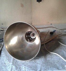 Оригинальный светильник (прожектор)