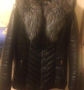 Курточка зимняя с мехом чернобурки