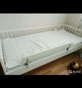 Кровать детская и матрац