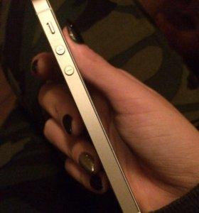 iPhone 5с на 16гб