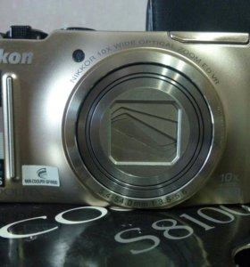 Цифровой полупрофессиональный фотоаппарат