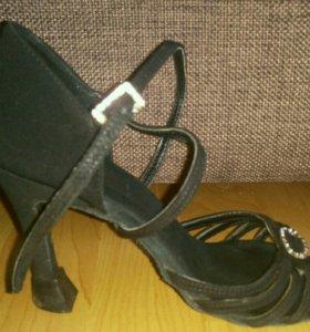 Туфли Латина (Обувь для латиноамериканских танцев)