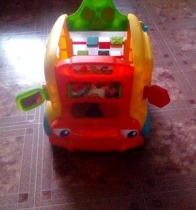 Развивающий автомобиль.
