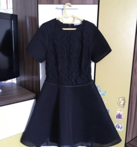 Срочно продаю вечернее платье SERGINNETTI
