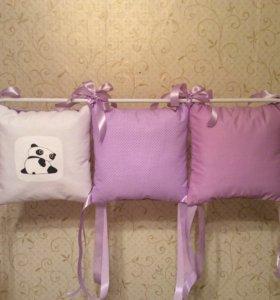 Комплект бортиков в кроватку с пандами