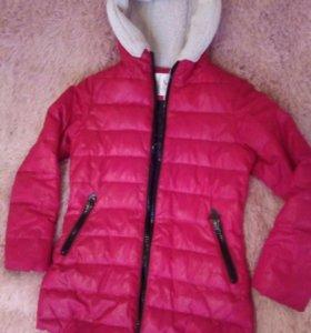 Куртка для девочки 140 см