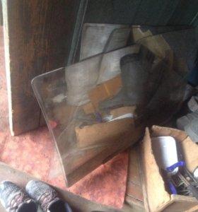 Продам 4 стекла от ваз 2108-21099