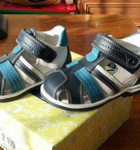 Новые сандали 24 р-р