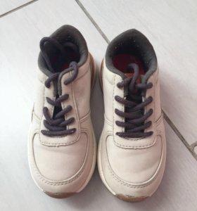 Детские кроссовки на мальчика ZARA