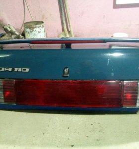Крышка заднего багажника на ЛАДА 110