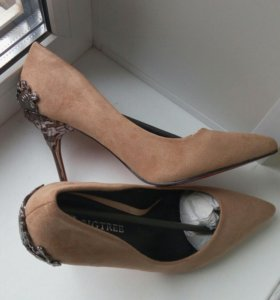 Туфли с потрясающим каблуком