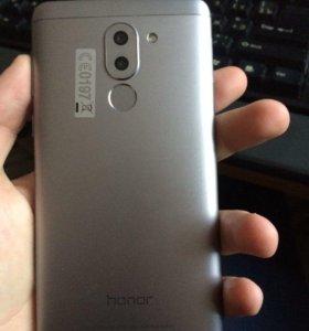 Смартфон Huawei Honor 6X