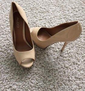 Туфли лаковые (ALDO)