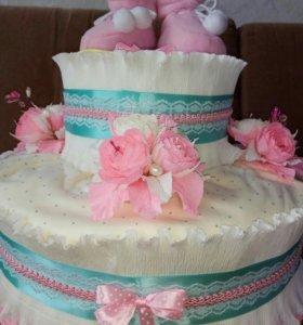 Торт из подгузников, подарки для новорожденных