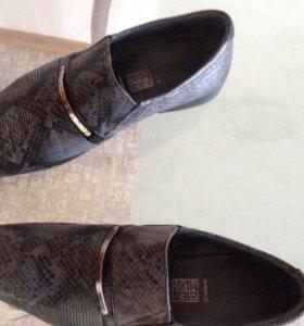 Туфли со змеиной кожи мужские