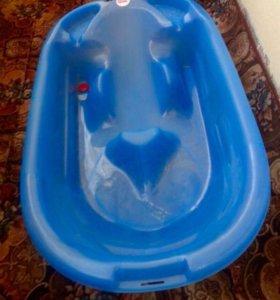 Ванна с анатомической спинкой и сливом воды
