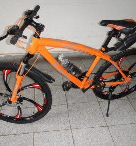 Велосипед BMW на дисках бмв оранж