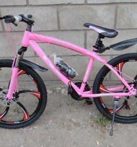 Велосипед BMW на дисках бмв розовый