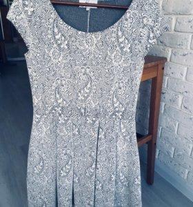 Платье Reserved б/у
